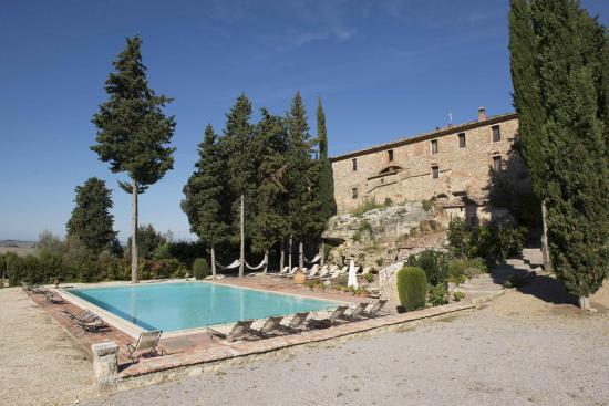 Aia Vecchia di Montalceto : panoramica piscina