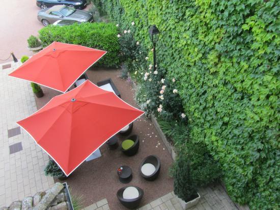 Hotel de Greuze: Jardin de l'hôtel