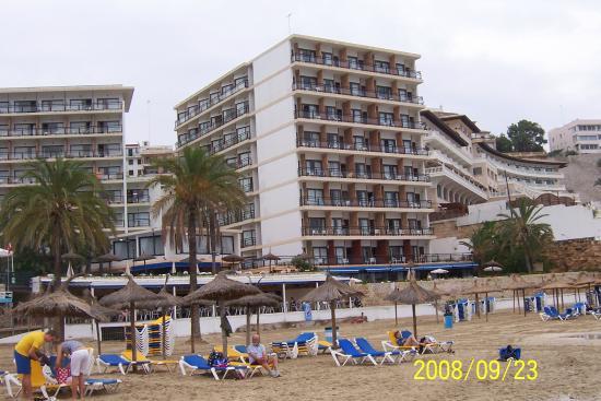 sin impuesto de venta presentación tiendas populares Hotel - Picture of Be Live Adults Only Marivent, Cala Major ...