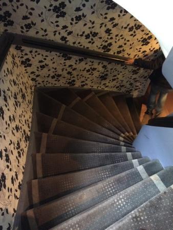 Hotel Hermitage Amsterdam: Cuidado escadas pequenas íngremes e difíceis de subir com malas!