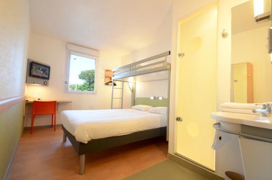 Ibis budget hotel brive la gaillarde france voir les tarifs et 408 avis - Chambre hotel ibis budget ...