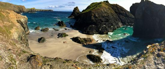 The Caerthillian Guest House: Kynance cove