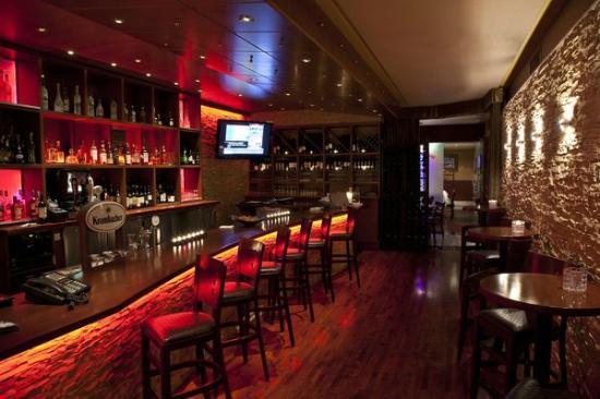 Wildfire North York : Lounge Area