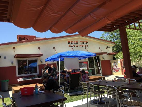 Capay, CA: Road Trip Bar & Grill