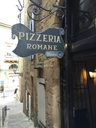 La Romane : Restaurant sign