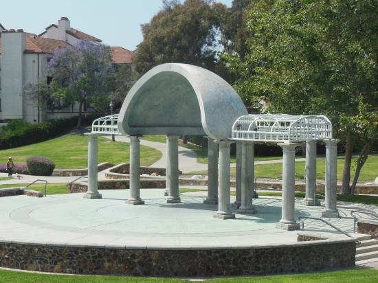 Memorial Bowl & Park
