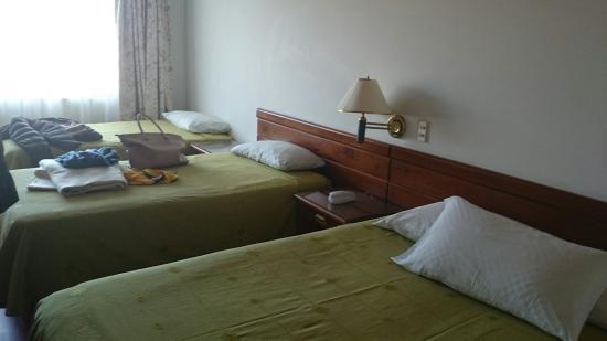Daza Hotel: Habitación (1 cama doble y 2 sencillas)