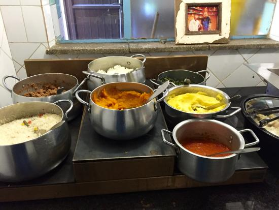 Wandies Place: Buffet of traditional dishes including Mandela's favorite