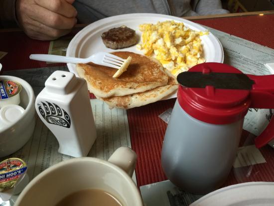Sourdough Campground: Breakfast