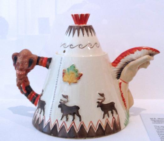 Gardiner Museum : Contemporary Teapot