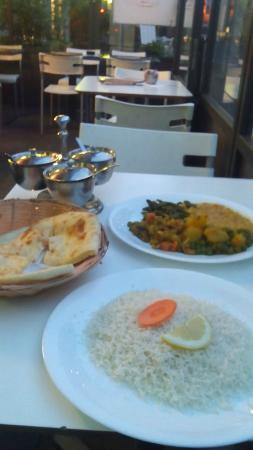 Kashmir - Restaurant & Take Away