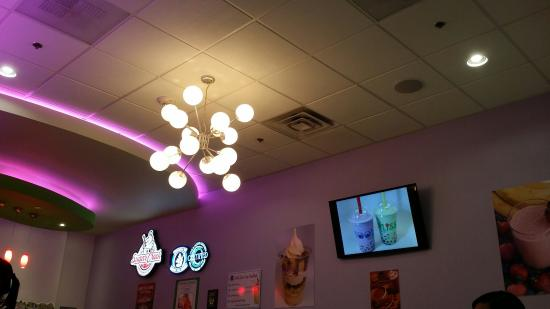 Cool Bliss Frozen Yogurt