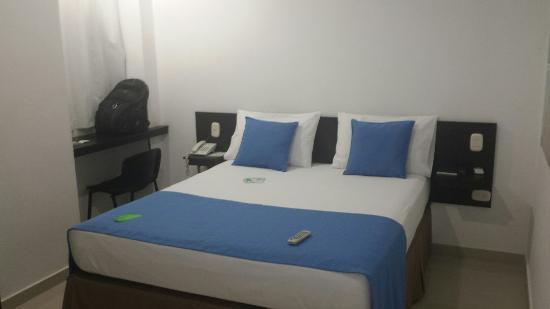 Buenas habitaciones hotel muy nuevo