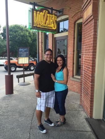 Mozies Bar & Grill: photo1.jpg