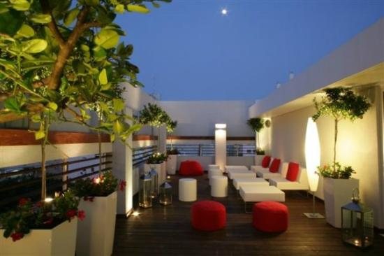 Artplus Hotel Tel Aviv - an Atlas Boutique Hotel: Roof Top Patio