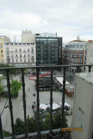 Hostal Zamora: View of Plaza. Love the morning view.