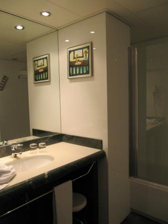 Großes Bad grosses bad picture of barcelona universal hotel barcelona