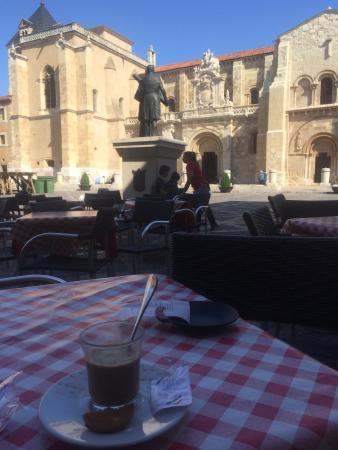 Hostal Restaurante Boccalino: Un café