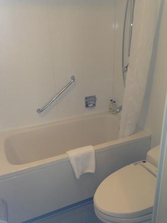 Citadines Shinjuku Tokyo: Good bathroom