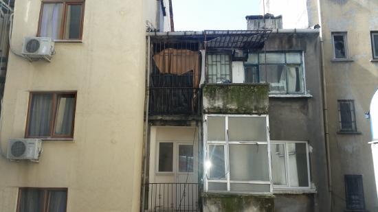 Grand Beyazid Hotel: Widok z okna / Room window view