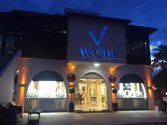 Vogue Jewellery & Diamond Center: Exterior view at afternoon
