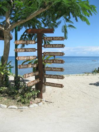 sign post beside reception - Picture of Palm Beach Resort ...