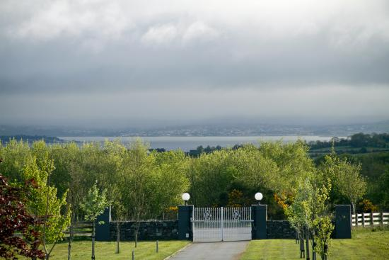 Moorfield Lodge Boutique B&B: Imagine what the view would be like on a good day!
