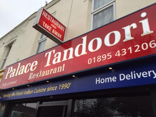 Palace Tandoori west drayton middlesex: New sign from different angle