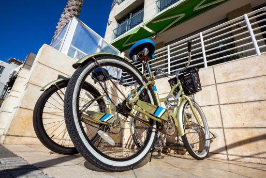 Melody Hotel   Tel Aviv - an Atlas Boutique Hotel: Free Guest Bicycles