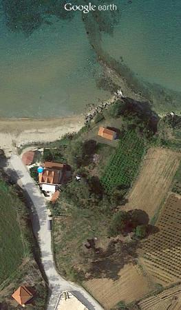 Psarou Studios: from google earth