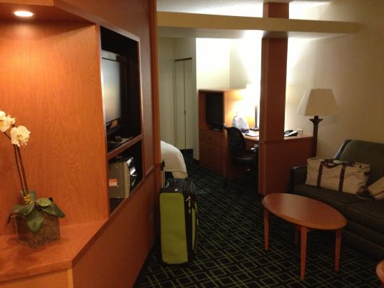 Fairfield Inn & Suites Elizabethtown ภาพถ่าย