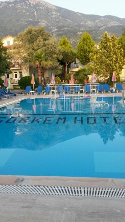 Gorkem Hotel: Lovely clean pool.