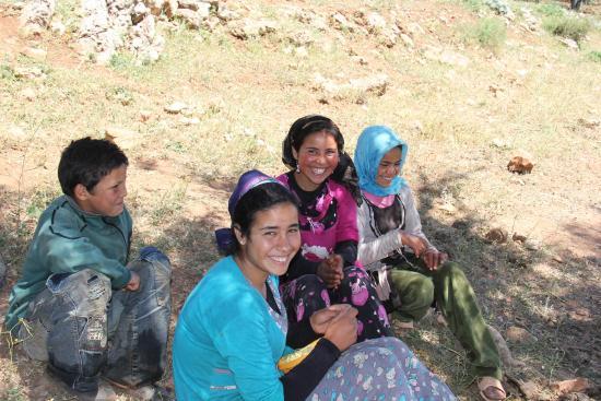 Dar KamalChaoui: groupe de jeunes bergers