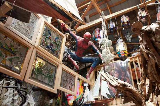 Primitive Designs - Spider man inside the store