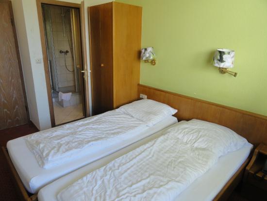 Hotel Tessin: letti a sacco..due comunque due letti separati e uniti insieme...molto comodi