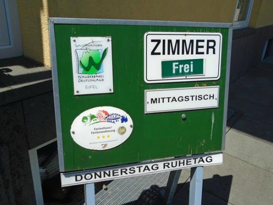 Bettingen, Alemania: Infobord voor restaurant