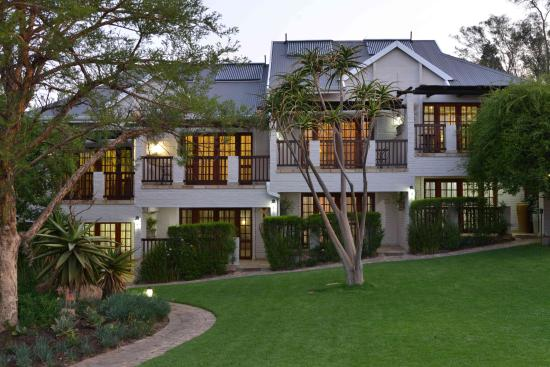 Rivonia Bed & Breakfast: Exterior view of Luxury and Superior rooms