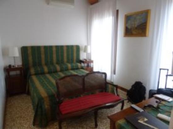 Palazzo Schiavoni: Room