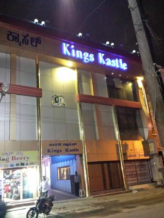 Kings Kastle : hotel from front