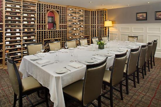 Morristown, NJ: The Wine Room