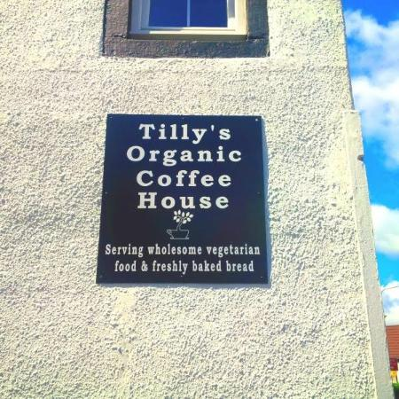 Carnock, UK: Sign on side of building.