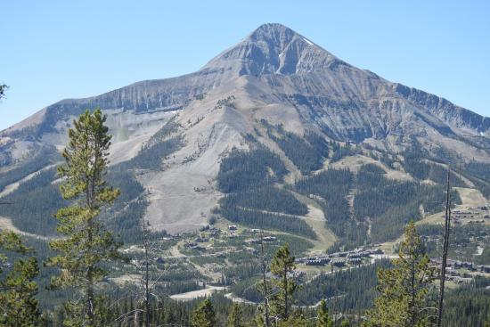 River Rock Lodge: Lone Mountain - Skiing, Hiking, Biking, Zip Lines, etc