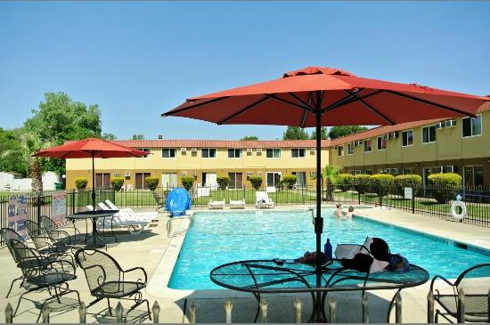 Travelodge Red Bluff
