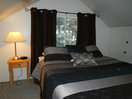Elkhorn Lodge: Suite 5 Second Bedroom