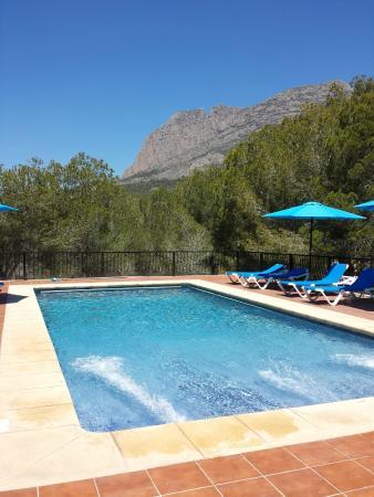 Hotel Finca Fabiola: La piscina ideal a la puesta del sol