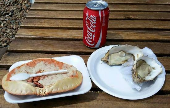 The Brighton Shellfish & Oyster Bar: Dressed crab and oysters.