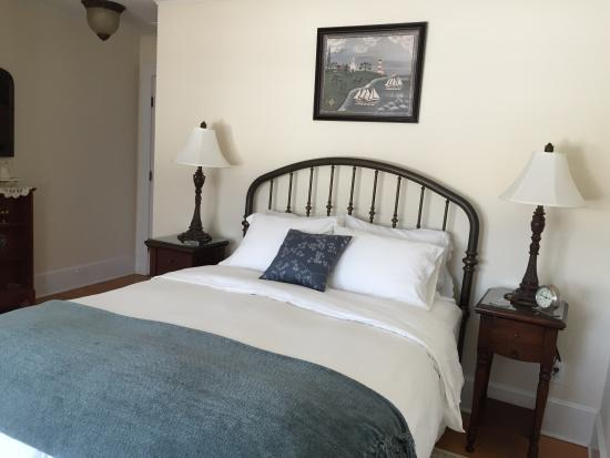 The Coffey House Bed & Breakfast: Traditonal Room