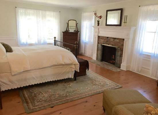 The Coffey House Bed & Breakfast: The Luxury Suite