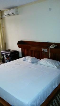 Hotel Kara: la chambre