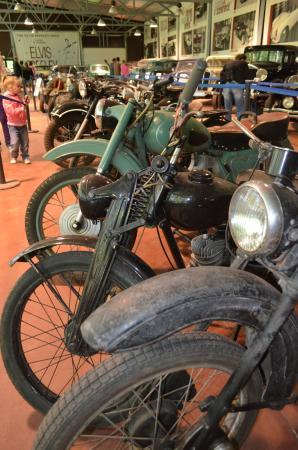 Музей Ретро Автомобилей: в музее
